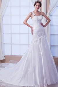 Asymmetrical Mermaid One Shoulder Wedding Dress Chapel Train