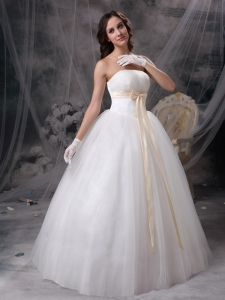Wonderful Strapless Wedding Dress Champagne Bow Ball Gown