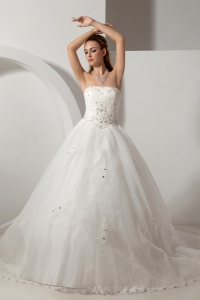 Ball Gown Wedding Dress with Bowknot in Sparkling Fabric