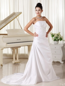 Appliques Strapless ivory Brush Train Wedding Dress