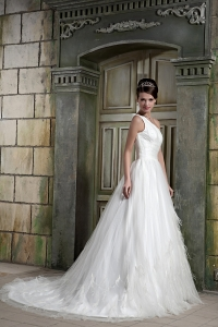 Feather One Shoulder Court Train Wedding Dress