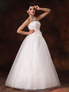 Bowknot Strapless Floor-length Wedding Dress