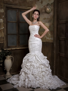 Mermaid Ruch and RufflesStrapless Wedding Dress