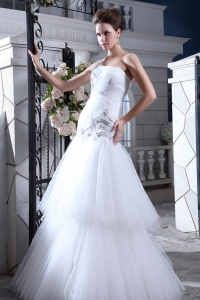 One Shoulder Dropped Wedding Dress Two-layers Tulle Skirt
