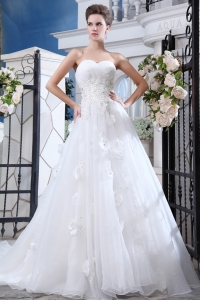 Sweetheart Beading Appliques Court Train Wedding Dress