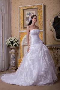 Strapless Corset Wedding Bridal Gowns Chapel Train Ruches