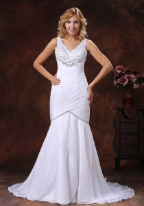 Beading Ruched V-neck Mermaid Wedding Dress