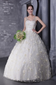 Floor-length V-neck Beading Wedding Dress Hand Made Flowers