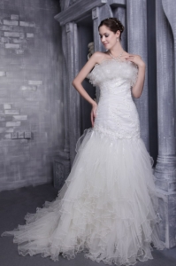 Organza Appliques Strapless Mermaid Wedding Dress