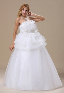 Organza Ruffles Appliques Strapless Wedding Dress