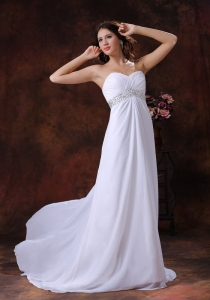 Sweetheart Wedding Dress Brush Train Strapless Beading