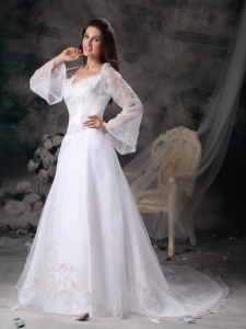 Organza Lace Wedding Dress With Long Sleeves V-neck