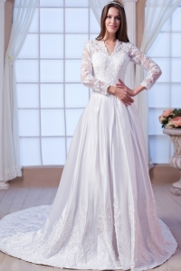 Satin Lace and Appliques V-neck Chapel Train Wedding Gown