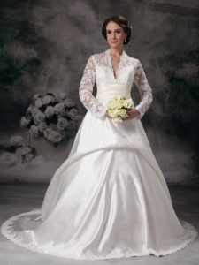 Pretty A-line V-neck Satin Lace Wedding Dress Long Sleeves