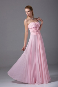Beading and Ruching Baby Pink Chiffon Floor-length Prom Dress
