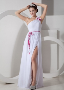 White One Shoulder Floor-length Chiffon Sash Prom Dress Slit