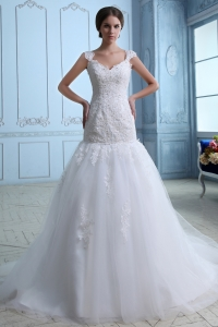 Cap Sleeves Lace Appliques Tulle Sweep Wedding Dress