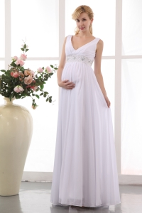 V Neck Beading Chiffon Maternity Wedding Dress