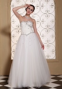 Sweetheart Wedding Dress Tulle A Line Beading Strapless
