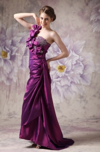 Eggplant Purple One Shoulder Floor-length Prom Dress