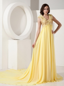 Handmade Flowers Prom Dress Light Yellow Court Train