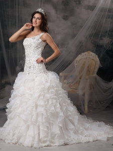 Wedding Dress Ruffles One Shoulder Beading Sweep Train