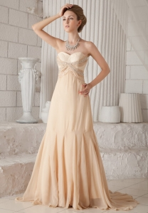 Champagne A-line / Princess Sweetheart Chiffon Beading Prom Dress