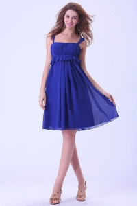 Knee-length Royal Blue Chiffon Prom Dress With Straps and ruch
