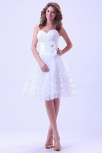 Sweetheart Short Wedding Dress With Ruched and Hand Made Flower