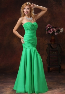 Mermaid Green Sweetheart Prom Dress With Ruch Floor-length
