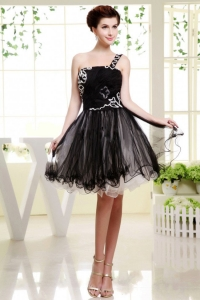 One Shoulder Black Prom Dress Mini-lingth Organza