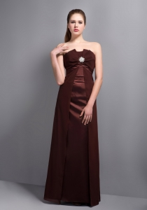 Burgundy Strapless Prom Dress Floor-length Taffeta Beading