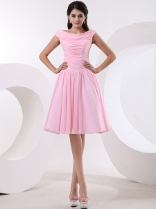 Bateau Neck Baby Pink Knee-length Short Prom Dress Ruched Bodice