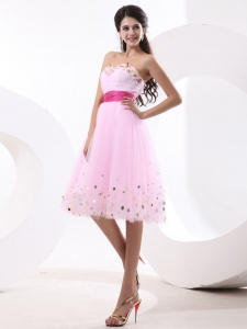 Baby Pink Sweetheart Knee-length Short Prom Dress Sequins and Sash
