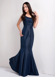 Navy Blue Mermaid Scoop Floor-length Taffeta Ruching Prom Dress