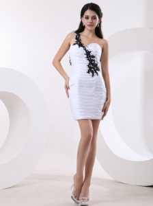 Ruched One Shoulder Sweetheart Appliques Prom Dress White Black
