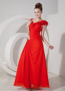 Ruffled V-neck Red Column Chiffon Prom Dress Appliques Ruching
