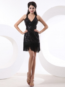 Straps and Sequined V-neck Sexy Prom Dress Short and Mini-length