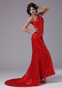 Red Sequined One Shoulder Brush Train Prom Dress Zipper-up
