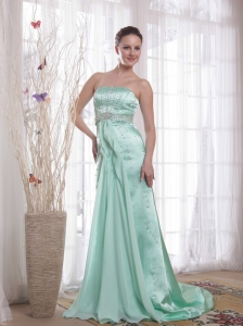 Beading Chiffon and Satin Light Green Prom / Pageant Dress