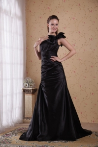 One Shoulder Black Taffeta Beading and Ruch Prom / Celebrity Dress