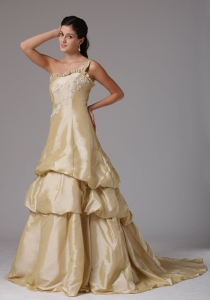 One Shoulder Prom Dress Appliques Decorate Bust Ruffled Layered