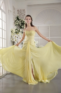 Yellow Sweetheart Beading and Ruch Prom / Graduation Dress