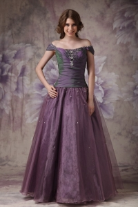 Purple A-line Off The Shoulder Taffeta and Organza Beading Prom Dress