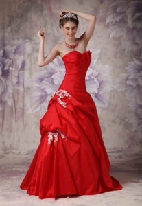 Red A-line Sweetheart Brush Train Taffeta Appliques Prom Dress
