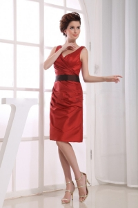 V-neck Wine Red Taffeta Black Sash Knee-length Prom Dress