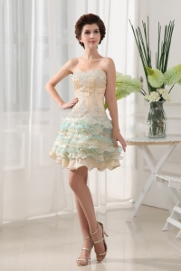 Sweetheart and Ruffled Layers Short prom Dress With Beading