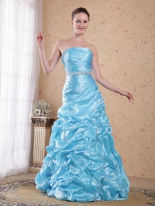 Column/Sheath Floor-length Organza Beading Prom Dress