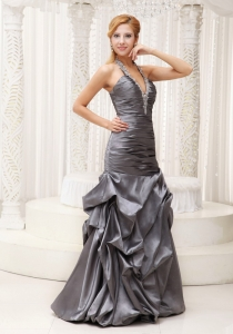 Beaded Decorate Ruched Halter Grey Column Prom / Evening Dress