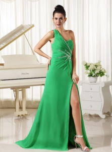 One Shoulder High Slit Prom Dress Spring Green Ruch Beading